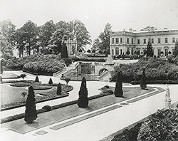 Formal garden of Whitemarsh Hall, residence of E.T. Stotesbury, Springfield, PA, 1919