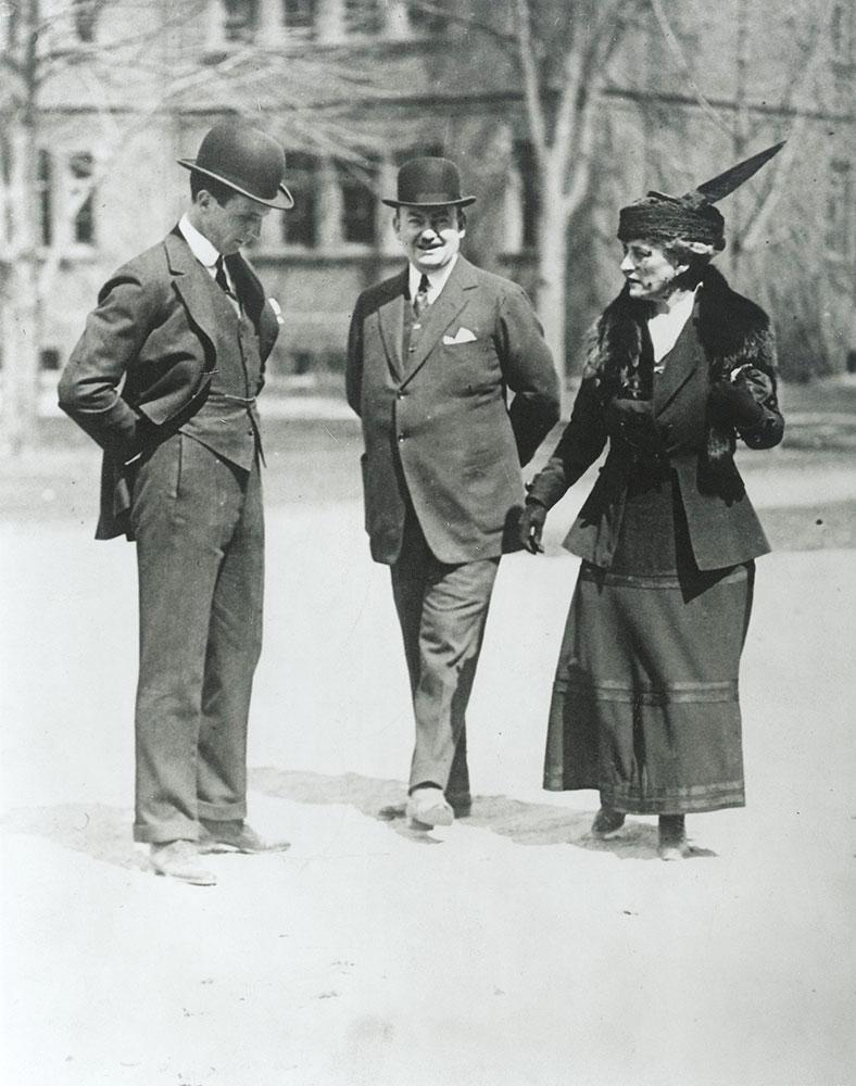 George Widener, Horace Trumbauer, and Eleanor Elkins Widener at Harvard University
