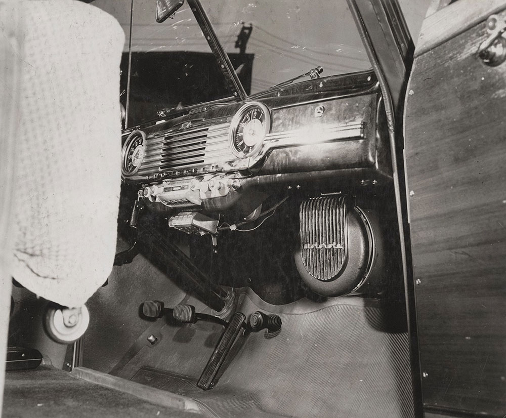 Chevrolet - 1947 - station wagon ambulance, with Motorola fully automatic gasoline car heater.