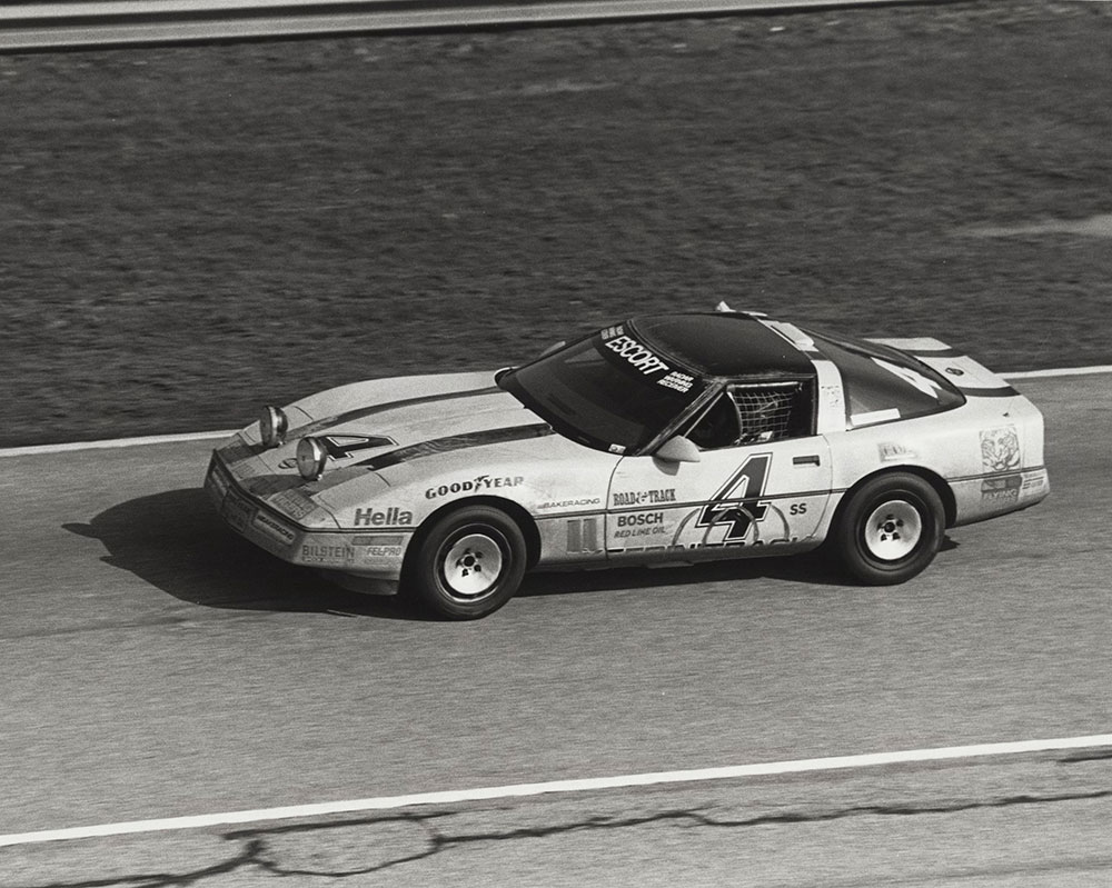 Chevrolet - 1986 - Corvette: Bakeracing: driver Tommy Archer