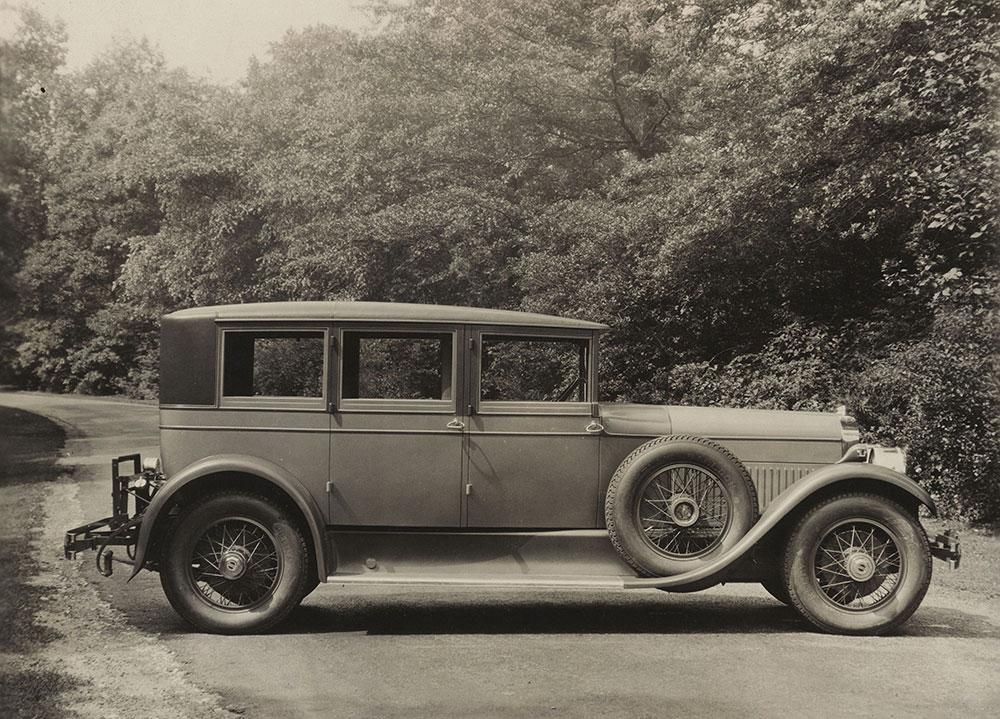 Cunningham, Series V-6 enclosed drive limousine, 1927.