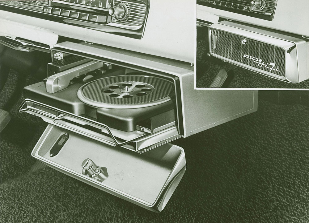 Dodge Highway Hi-Fi record player - 1956 - Automobile Reference