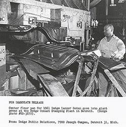 Dodge 1961 Lancer Sedan: floor pan