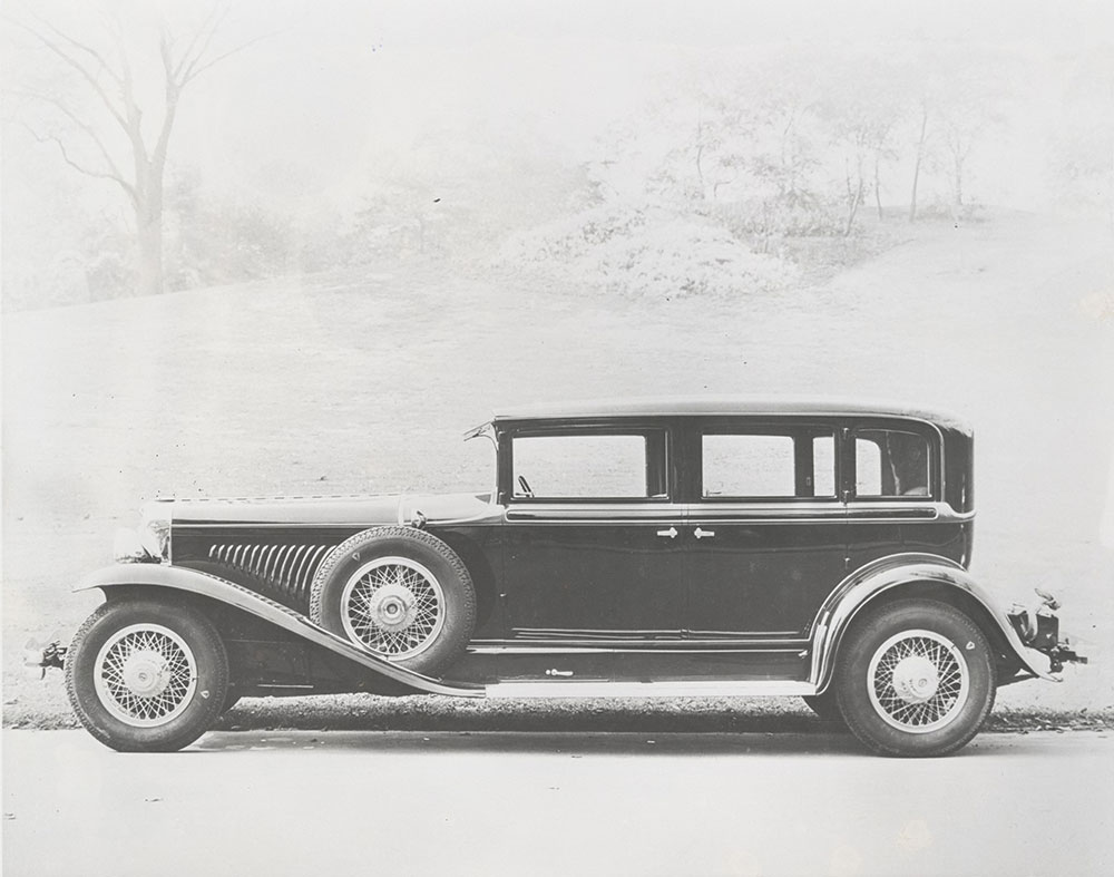 Duesenberg Model J limousine with bodywork by Willoughby - Digital ...