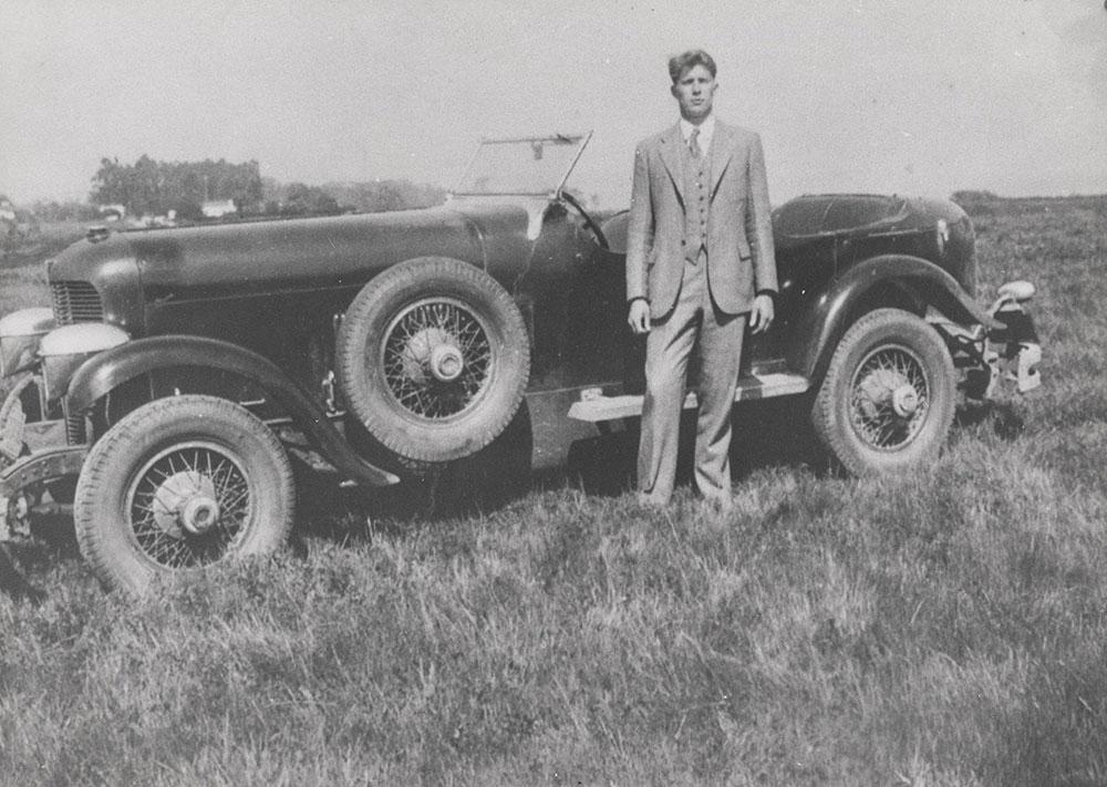 DuPont Model G Lemans Speedster