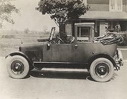 Elcar Landaulet Taxi 1923