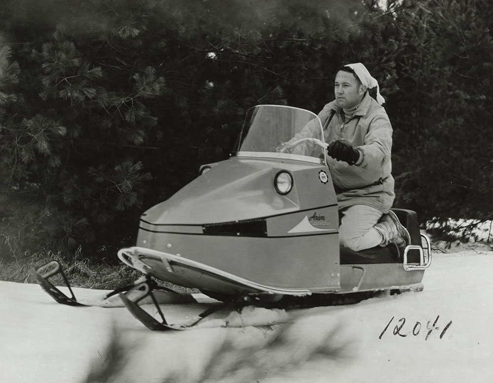 Ariens Arrow Snowmobile 1970