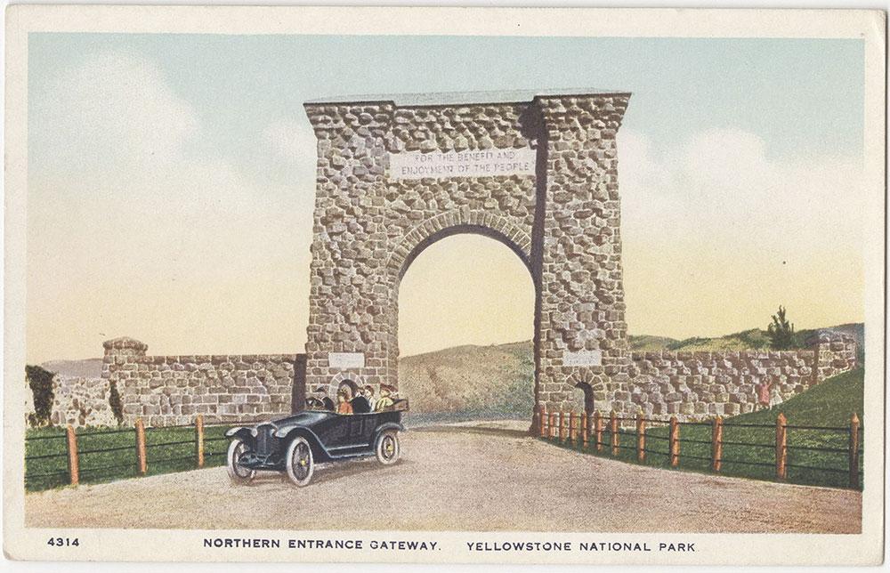 Northern Entrance Gateway, Yellowstone National Park