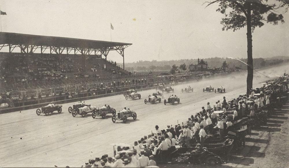Flying start Cincinnati Sweepstakes Race Sept 4 1916