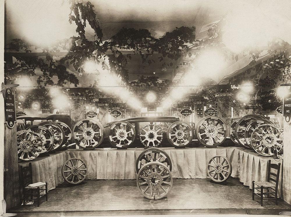 New York Auto Show 1922 accessories Edward V Hartford