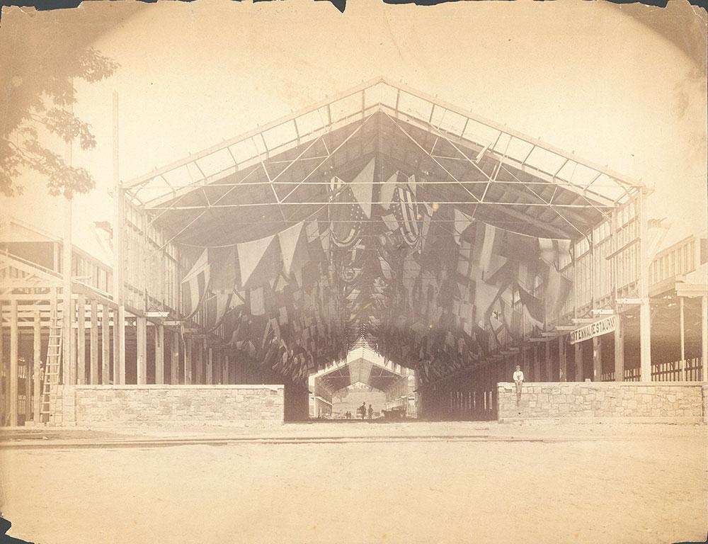 Centennial Restaurant construction