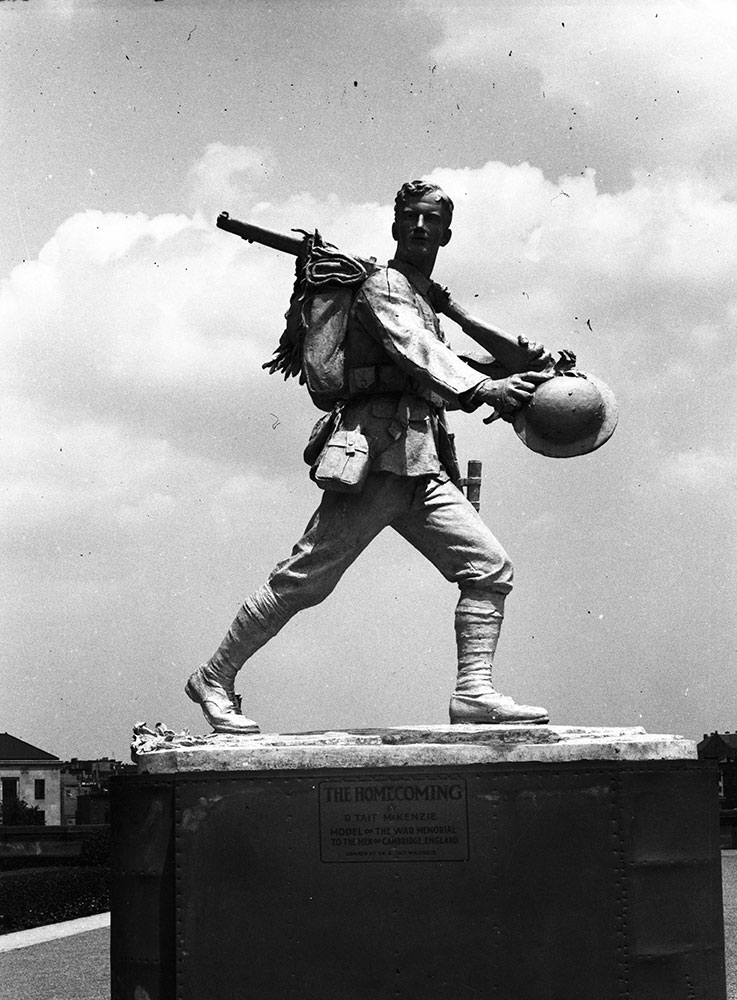 Statue, The Homecoming