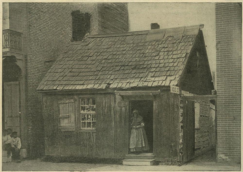 Old Log Cabin, Kensington Avenue.