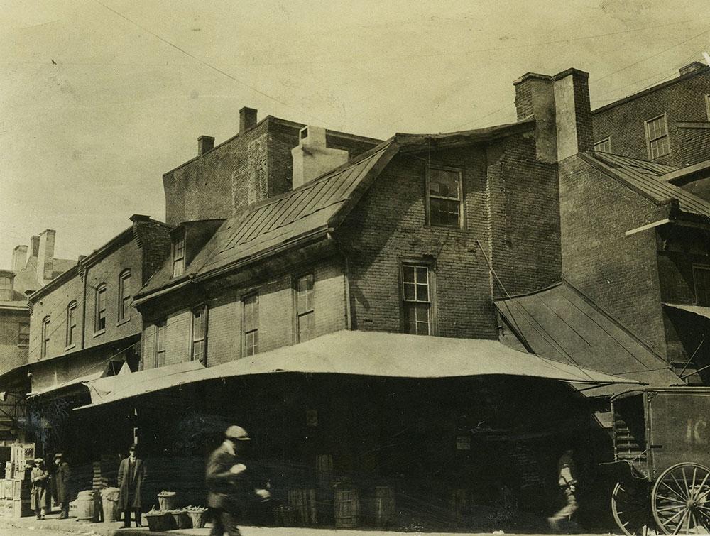 Spruce Street & Little Dock Street