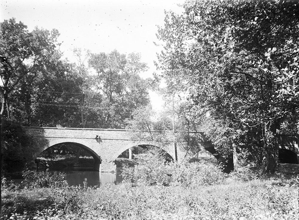 Bridge over Skipback Creek