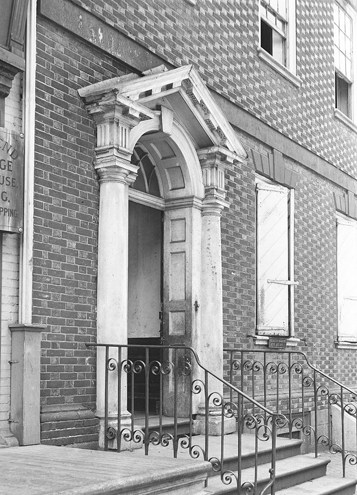 The Blackwell House, erected 1768, front door detail