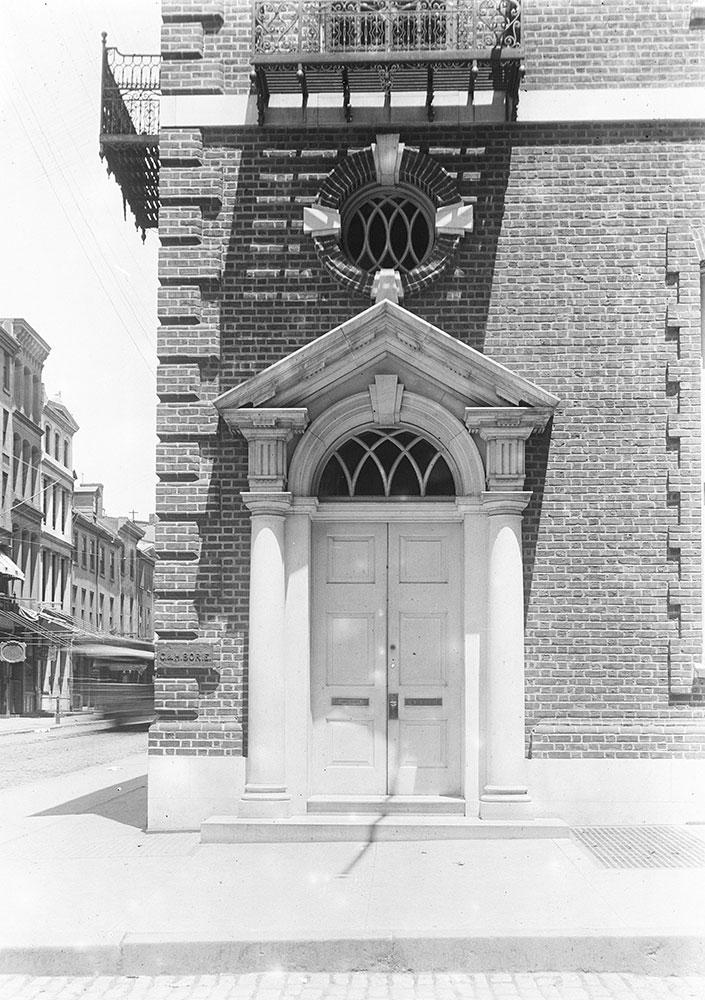 Borie Banding House, Wilson Eyre, Ach. 1899, detail of door