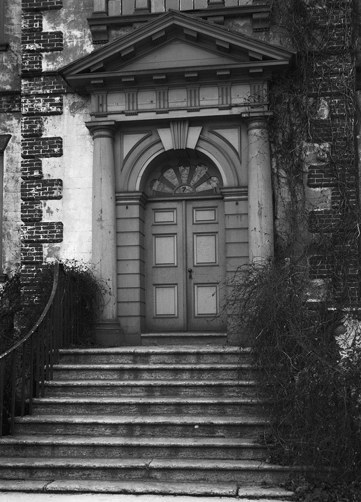 Fairmount Park, Mt. Pleasant Mansion (1761), Entrance on Drive (east)