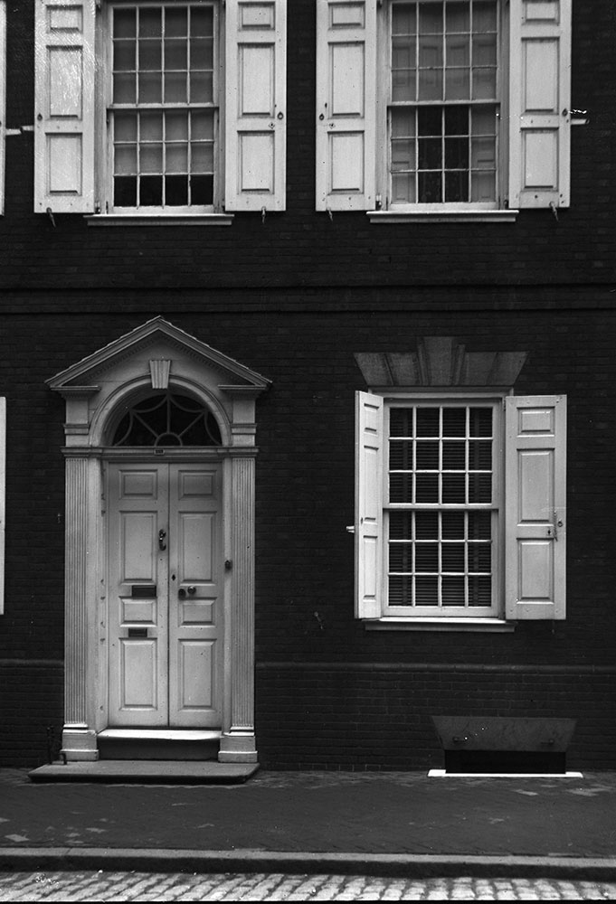 Morris House, detail and windows, erected 1786