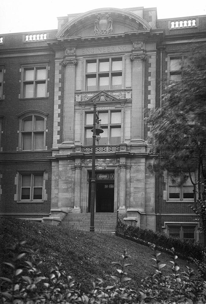 University of Pennsylvania, Engineering Building (Detail)