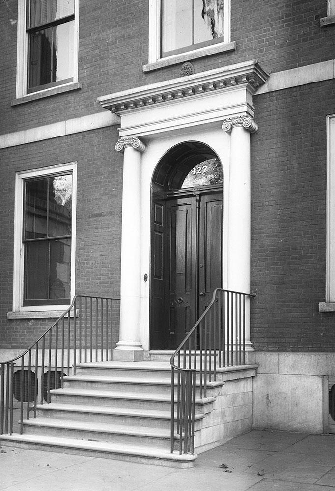 127 S. 5th Street, Entrance Detail