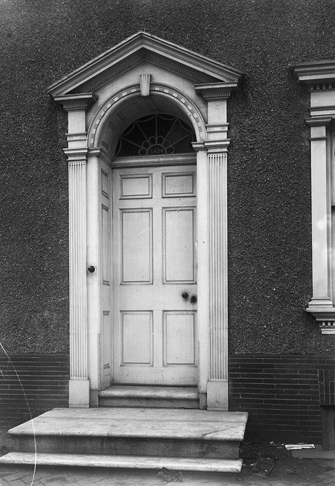 Detail of entrance