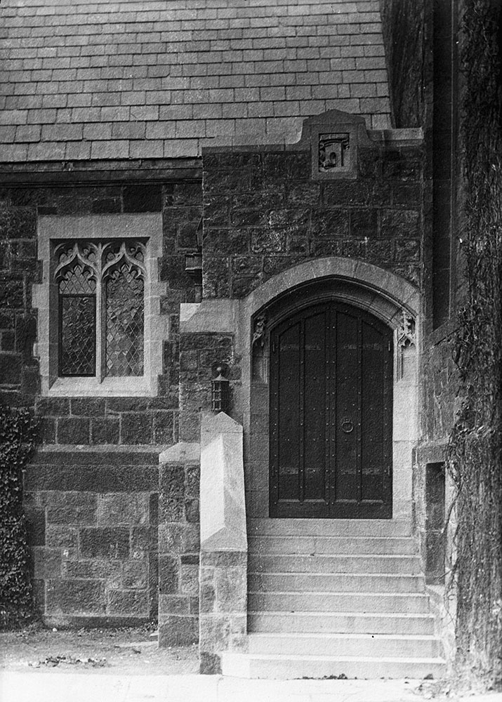 St. Paul's Church, Detail of side entrance