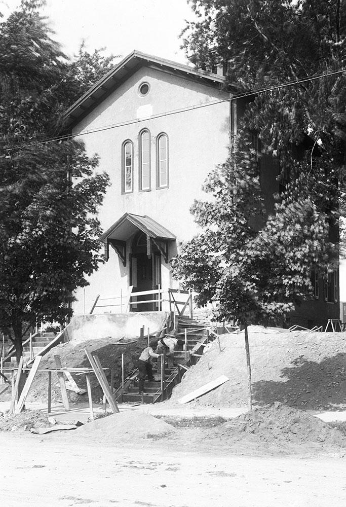 The Montgomery Public School