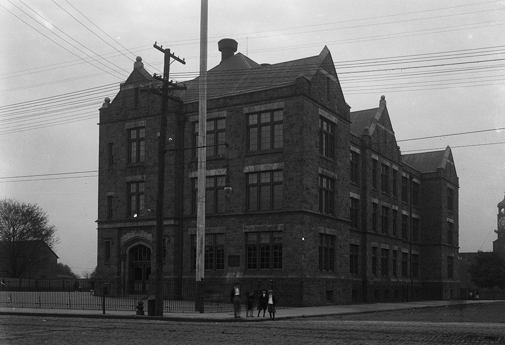 George L. Horn Public School