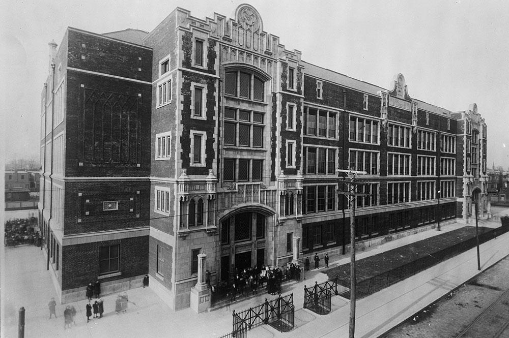 Horace Howard Furness Public School Building