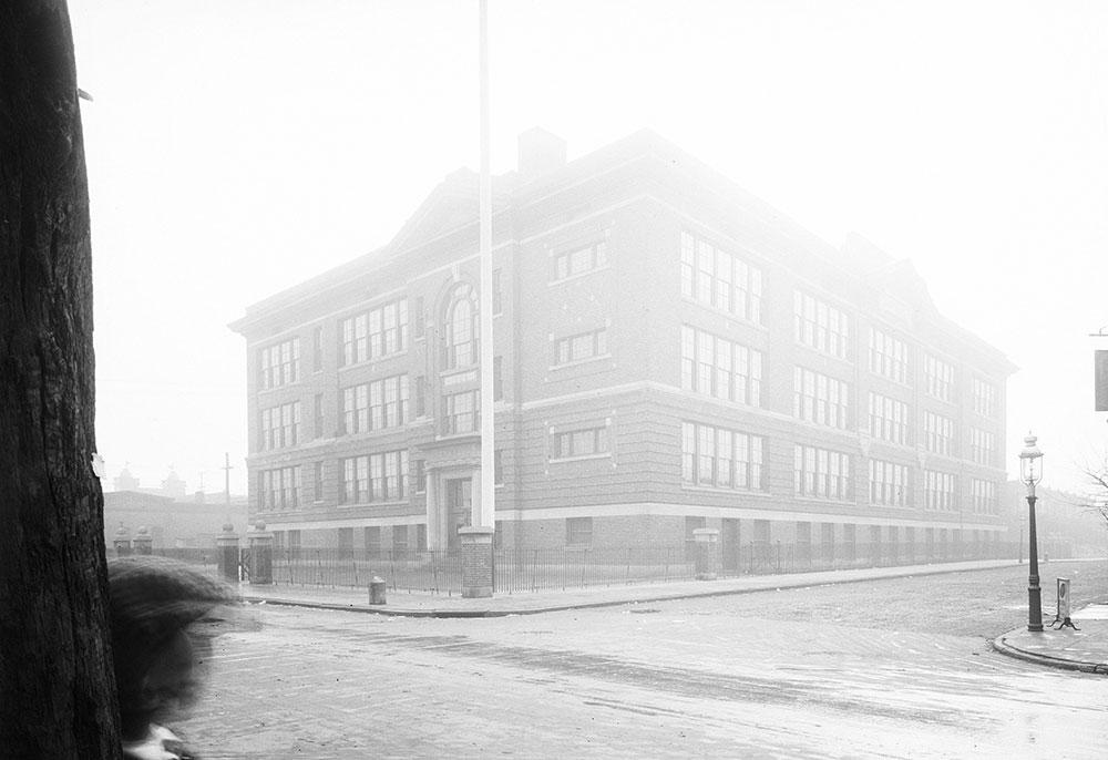 Thomas May Pierse School