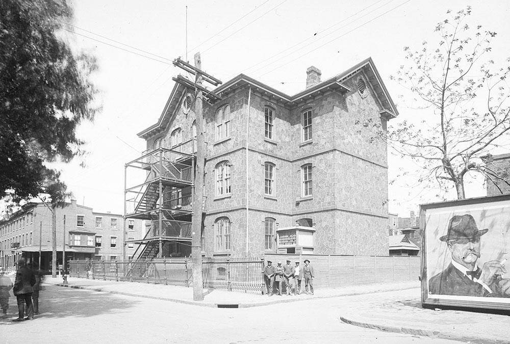 Edward Gratz School