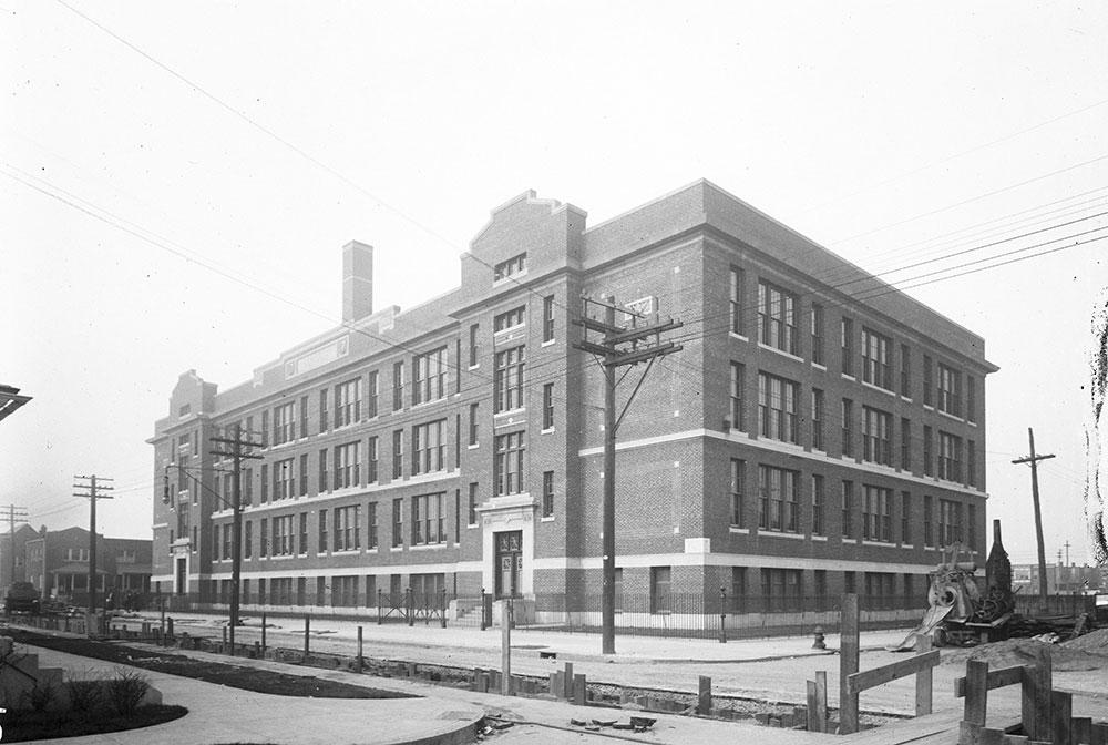 George C. Thomas Public School