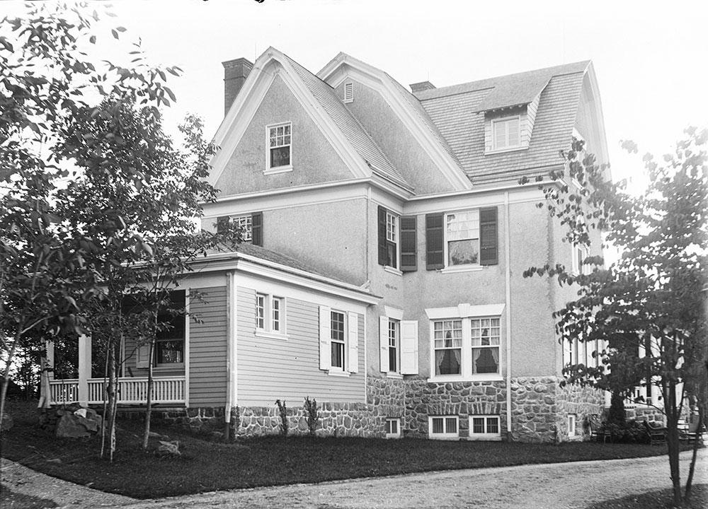 Samuel Eckert residence, Devon, PA, side elevation