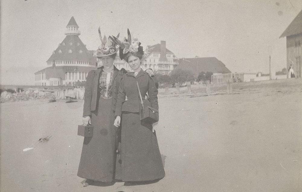 Two Ladies in Front of Hotel del Coronado
