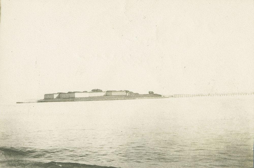 Fort in Harbor