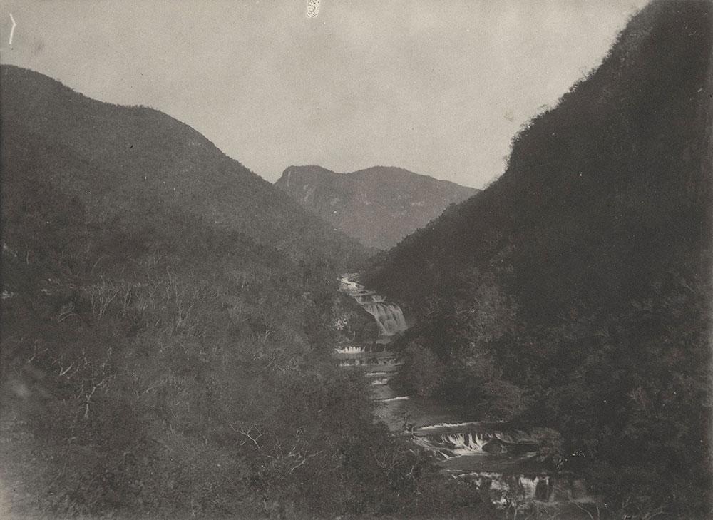 Merios Cascade