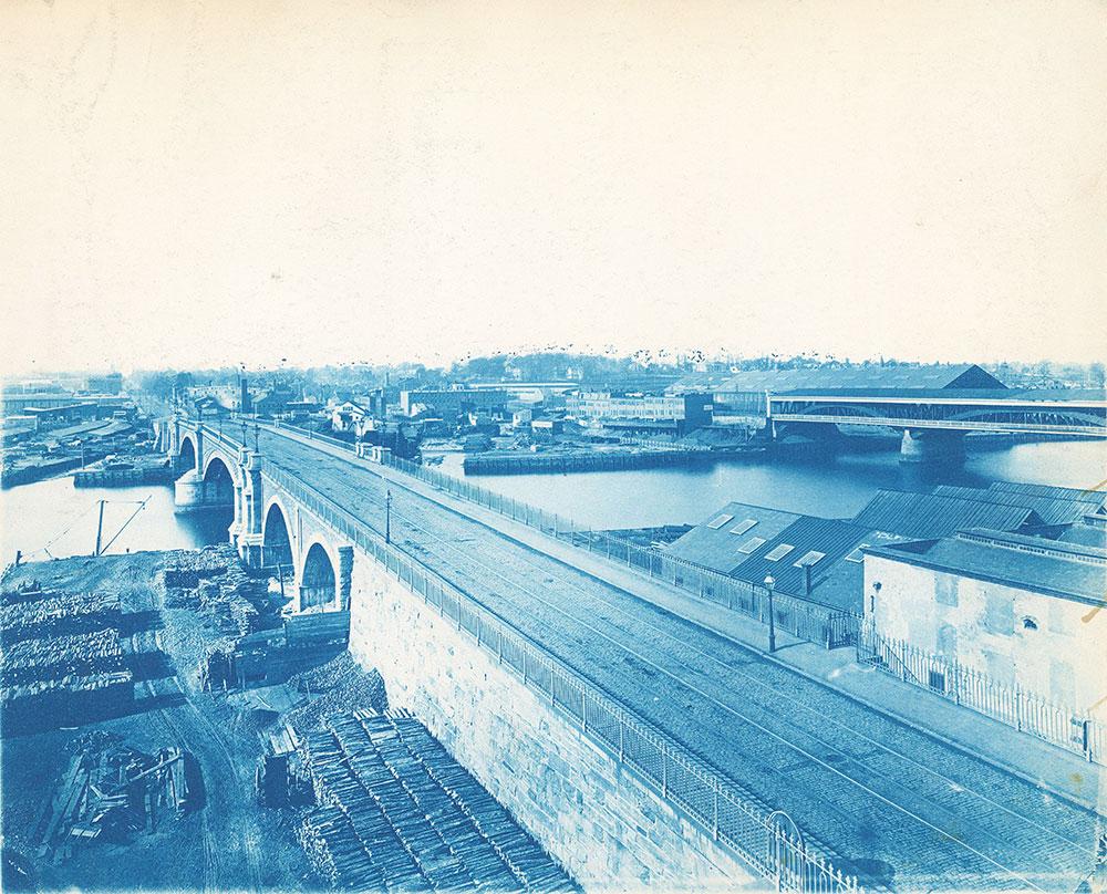 West from Chestnut Street Bridge