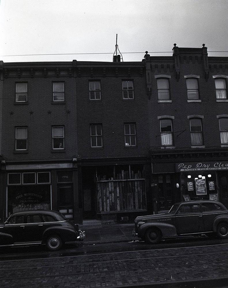 2610 W. Girard Avenue - Front