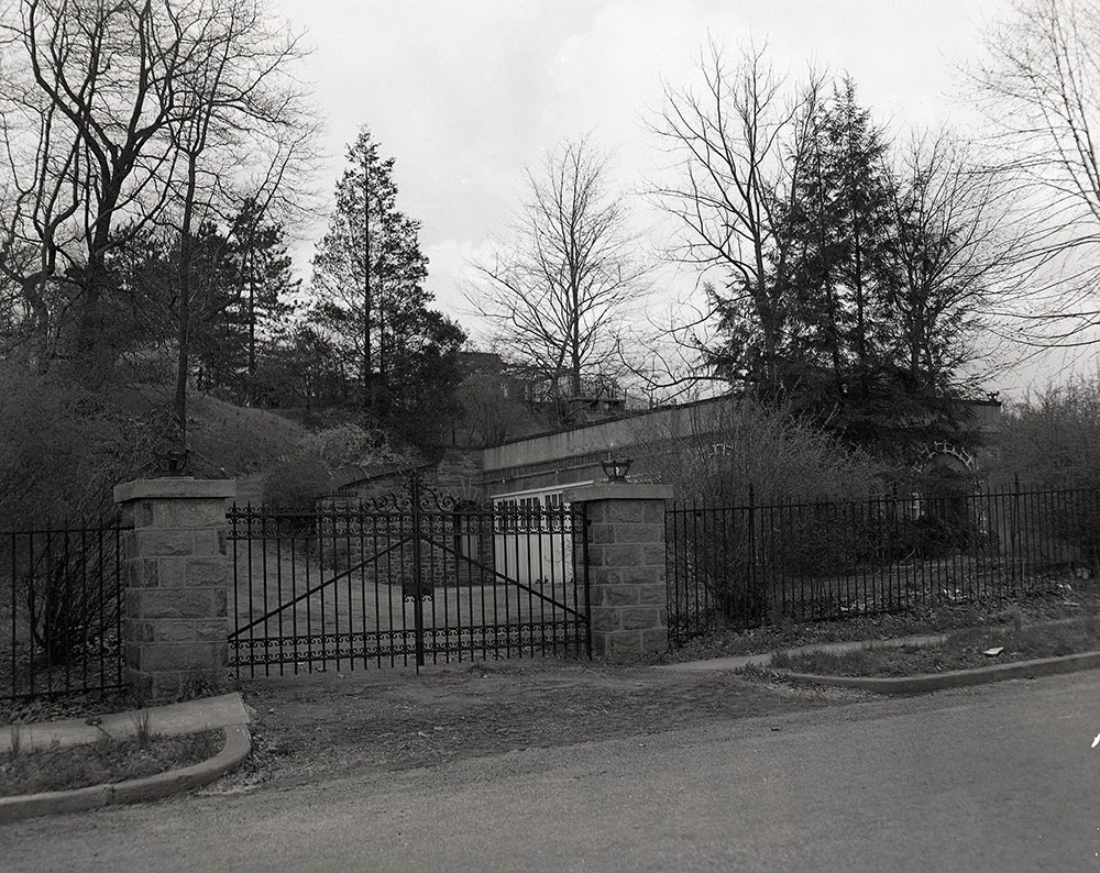 841 Beechwood Drive - Delcrest on Gate