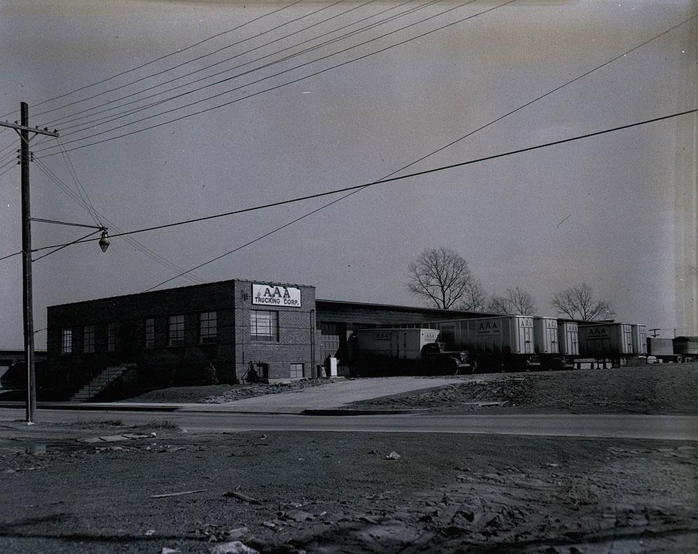 4165 East Thompson