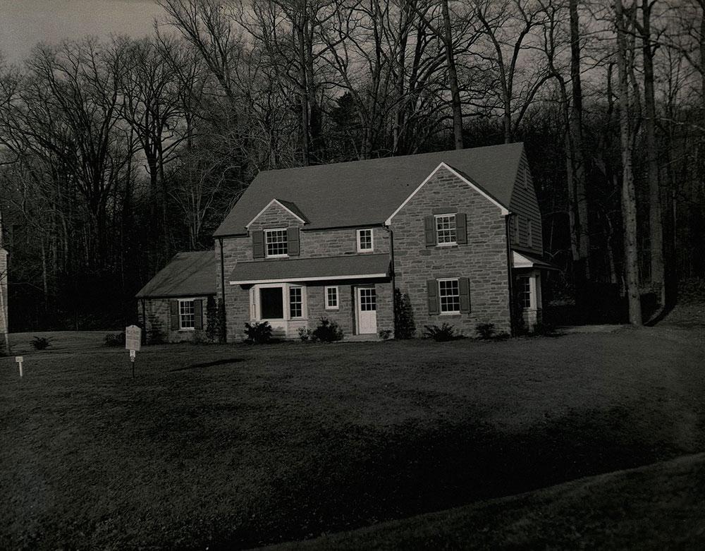 Cotswold Lane, Northeast Side; Wynnewood, PA