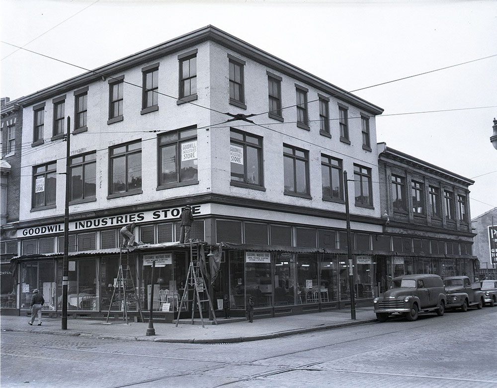 9th & South Streets, Southwest Corner