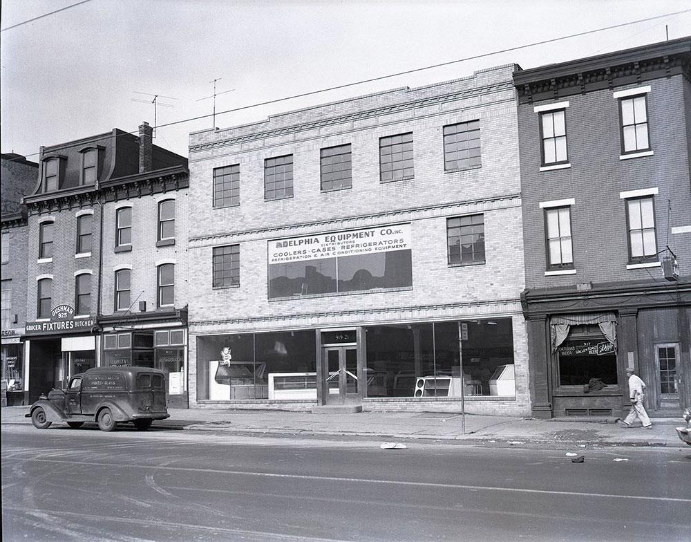 919-921 West Girard [Avenue]
