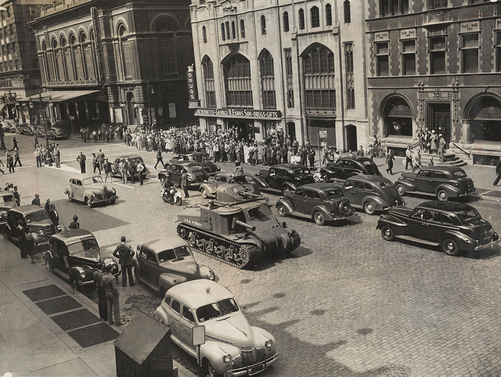 Army Tanks on Broad Street