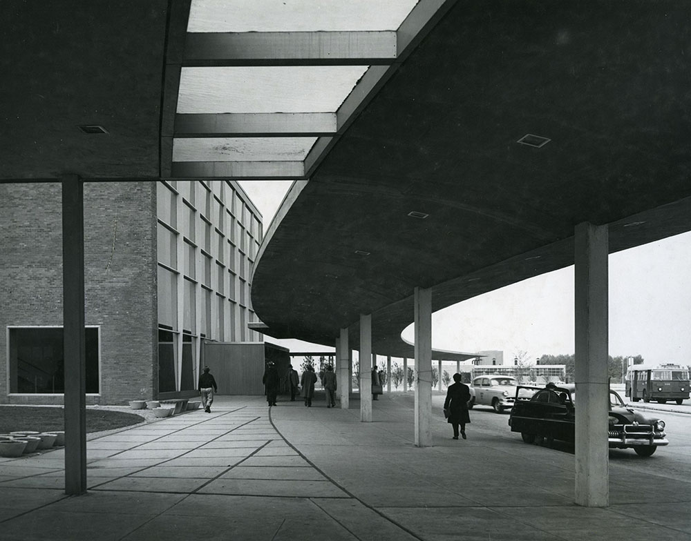Philadelphia International Airport - Exterior View