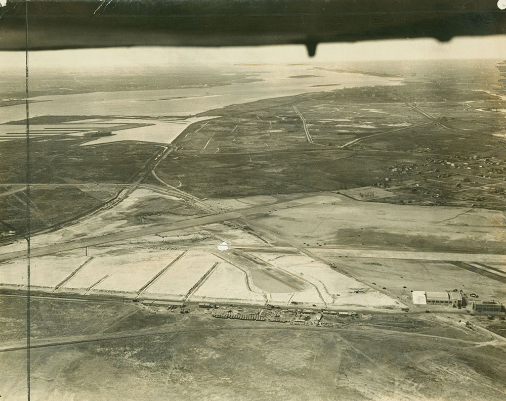 Aerial Photograph of S. Davis Wilson Airport (a)