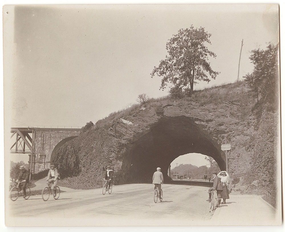 Bicyclists on East River Drive