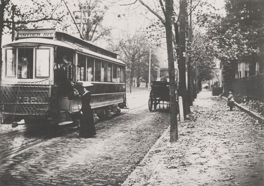 Trolley no. 722