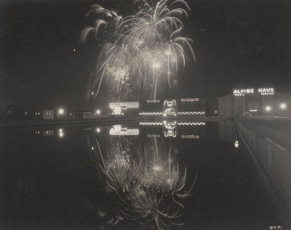 Sesqui-Centennial Fireworks #7